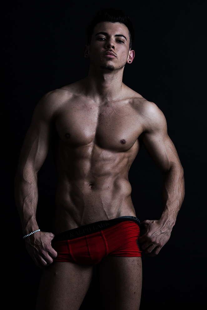 Gogo-Stripper Jhoan Hessen